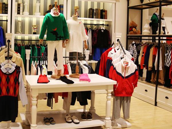 小神童童装店铺展示