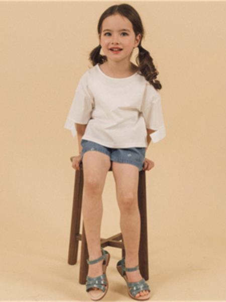 多姆樂童裝產品圖片