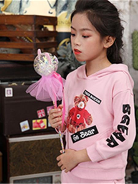 美亚展示童装产品图片