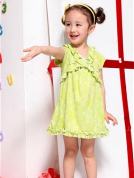 蕾凱依童裝產品圖片