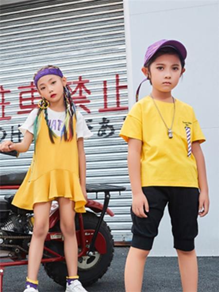 卡儿菲特童装产品图片