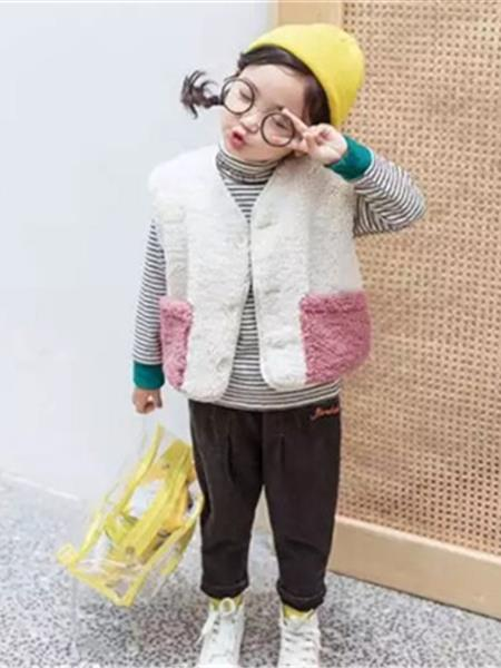 芙米拉童装产品图片