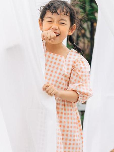 可米e家童装产品图片