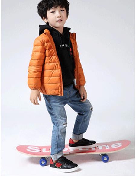 木可木可童装产品图片