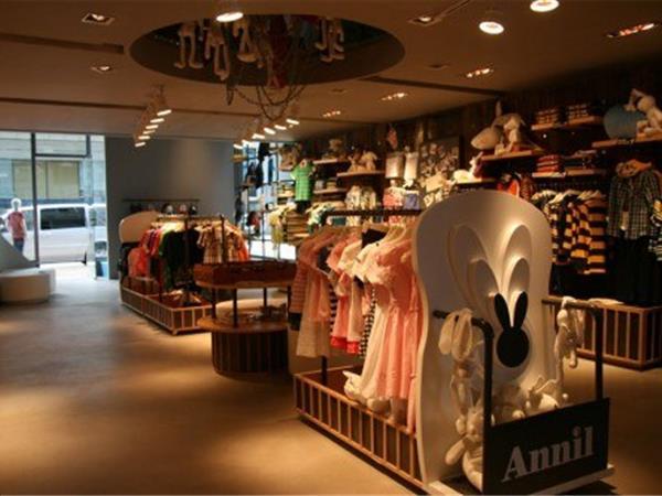 安奈儿童装店铺展示