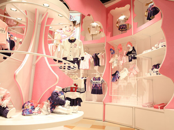 迪士尼宝宝童装店铺展示