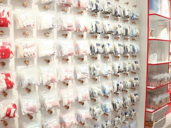 紅豆童裝店鋪展示