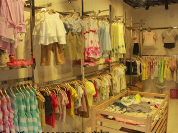 大寶小寶童裝店鋪展示