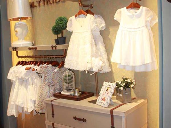 马拉丁童装店铺展示