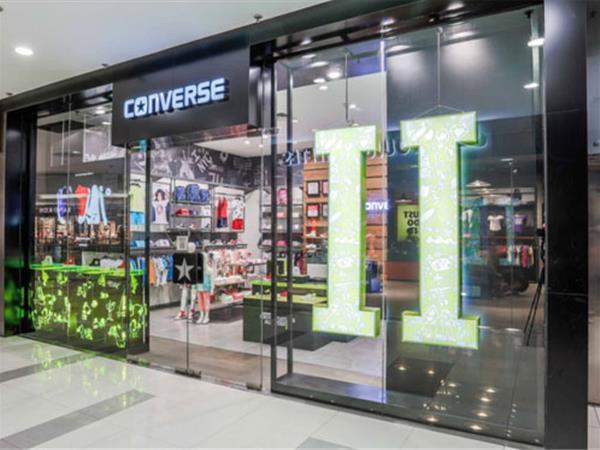 converse(匡威)童裝店鋪展示