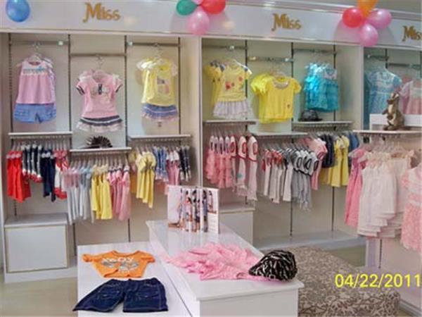蜜思贝贝童装店铺展示