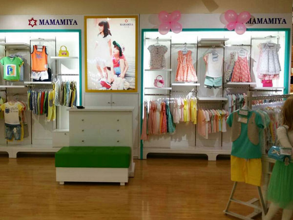 瑪瑪米雅童裝店鋪展示