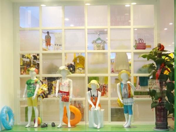 小乖在线童装店铺展示